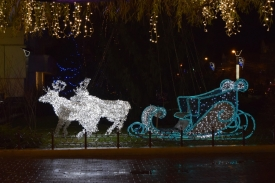 Raindeer and Sledge of Light