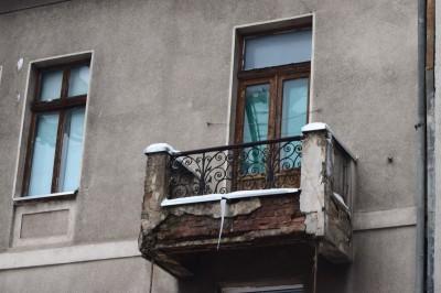 Frozen Balcony